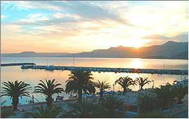 Sitia: Sunrise over the bay